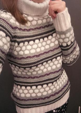 Зимняя вязанная кофта