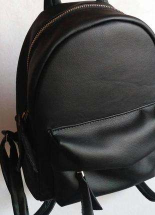 Стильный компактный городской рюкзак)
