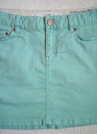 Джинсовая  мини юбка салатового цвета