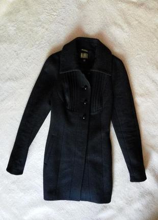 Пальто шерстяное приталеное