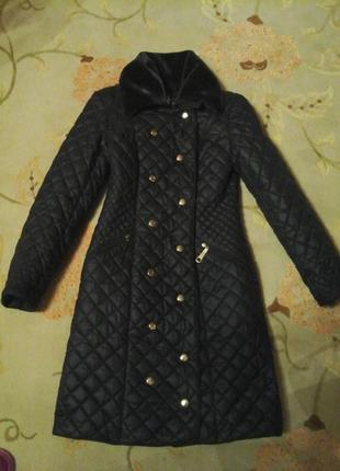 Стеганое пальто на синтепоне,теплый плащ.