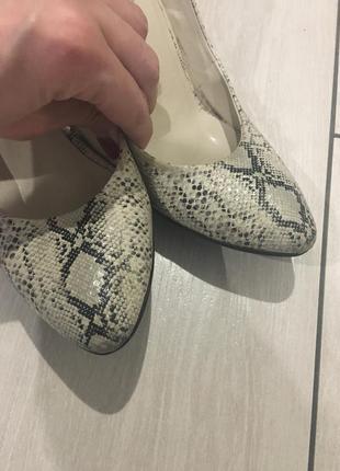 Стильні дуже зручні туфлі2 фото