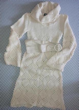 Очень красивое вязаное платье, теплое.