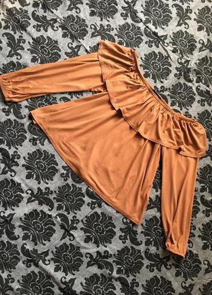 Стильная блуза  с воланом от new look