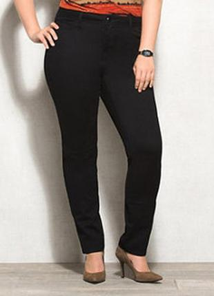 Классические качественные чёрные джинсы слим!  р-р 16s,можно  на 18