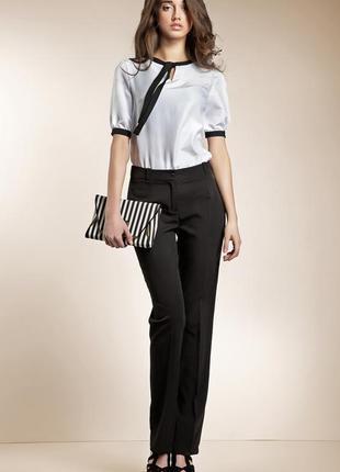 Класические брюки со стрелками и высокой посадкой