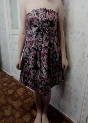 Платье в бордовых оттенках