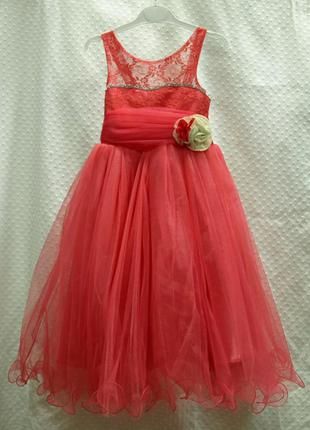 Платье бальное красное