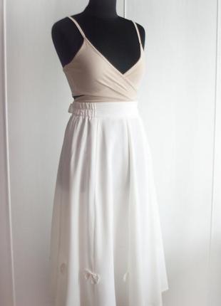Белая юбка миди, ретро, декор бантиками, пинап