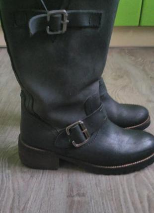 Очень крутые ботинки из кожи
