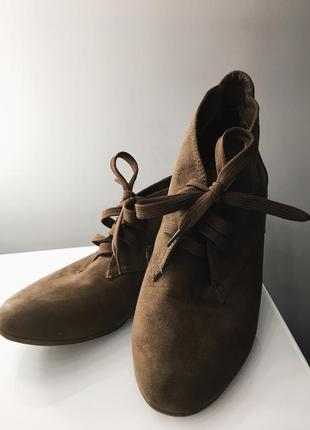 Обувь ботильоны сапожки / взуття черевики черевички