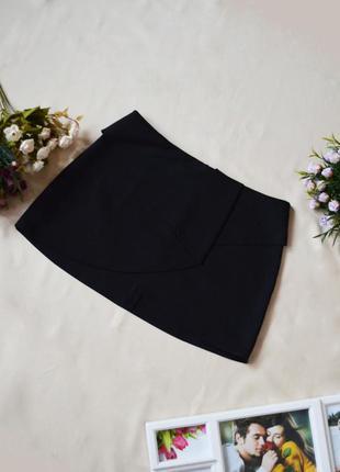 Черная мини-юбка с баской pull&bear