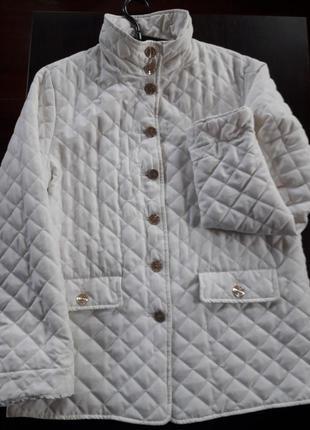 Курточка женская  стеганная