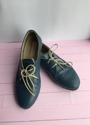 Стильные/кожанные кроссовки/кеды  со шнурком  37р-р