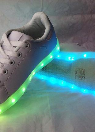 Светящиеся led кроссовки