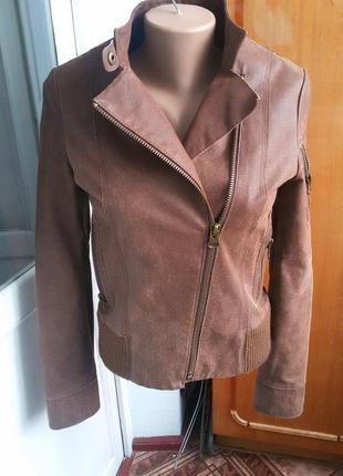 Трендовая утепленная кожаная куртка косуха 100% кожа mango