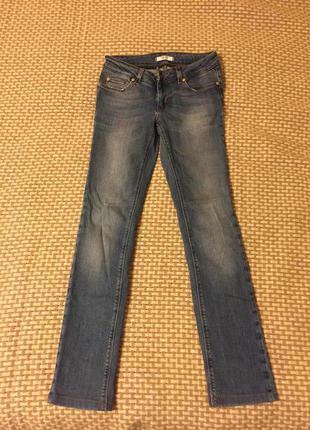 Продам джинсы liu jo