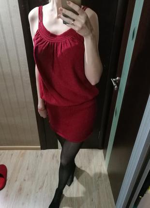 Красивое платье с вплетением люрексовой нити
