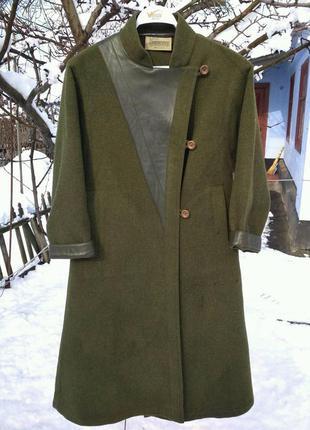Шерстяное пальто макси с кожаными вставками от resi hammerer (австрия)