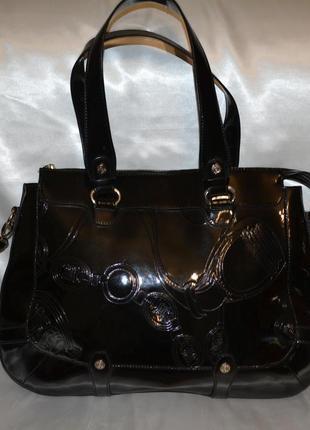 Лаковая кожаная сумка celine