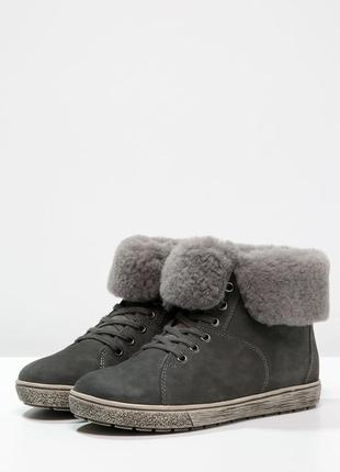 Ботинки женские caprice