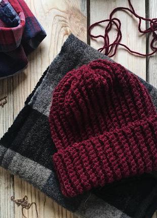 Вязяная шапка бини