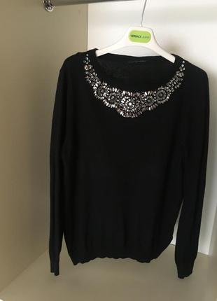 Черная элегантная  нарядная кофта свитер водолазка блуза со стразами