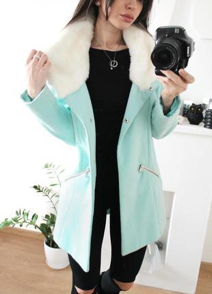 Красивое нежное бирюзовое пальто с мехом от atmosphere 679 грн!размер с-м(8)!