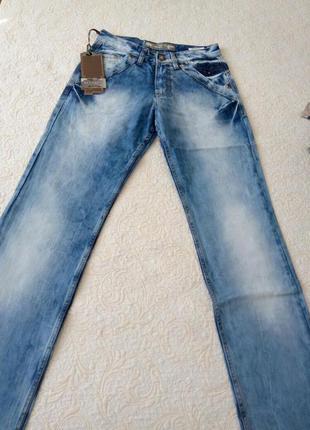 Новые джинсы по распродаже.турция