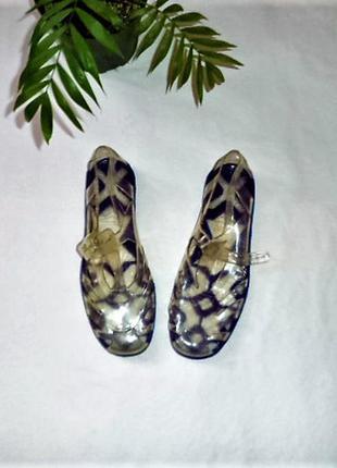 Итальянские очень гибкие и мягкие сандали/мыльницы