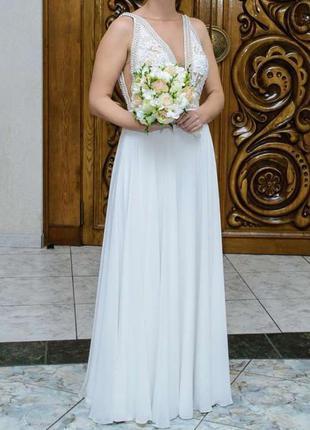 Продам нежное, красивое платье !!!