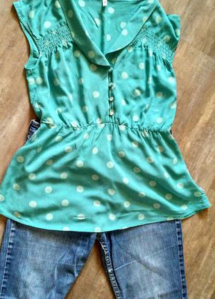 Актуальная блуза в горох нежного цвета морской волны
