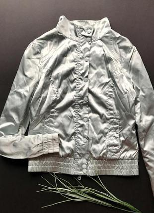 Крутая серебреная куртка бомбер ветровка h&m