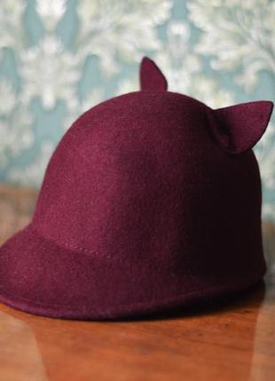 Жокейская шляпа с ушками