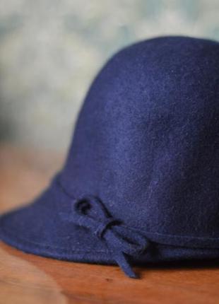 Шляпа / кепка /шапка в жокейском стиле zara