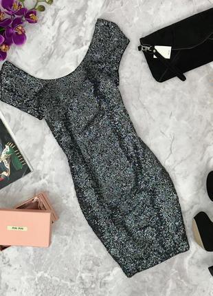 Миниатюрное платье в паетках с округлым вырезом.  dr180637  h&m