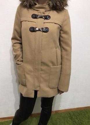 Очень крутое пальто stradivarius