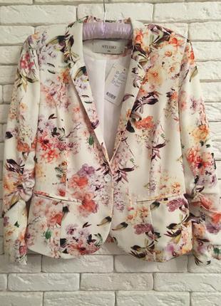 Крутой пиджак на весну