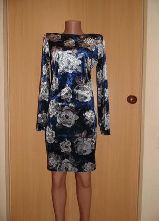 Велюровое цветочное платье