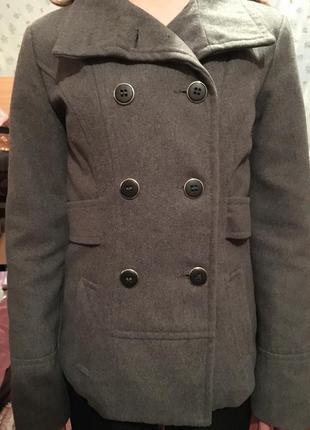 Женское весеннее пальто atmosphere