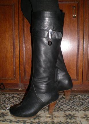 Кожаные, стильные, сапоги! berloni ! размер 36
