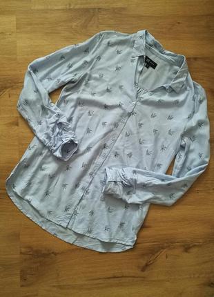 Удлиненная рубашка в принт ласточки,птички reserved