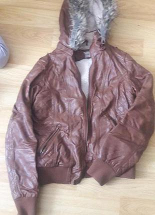 Куртка жіноча, штучна шкіра
