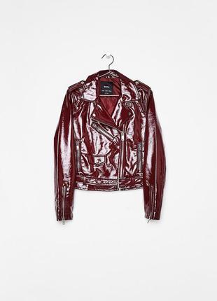 Куртка косуха с эффектом лаковой кожи bershka оригинал из испании р.xs и s5