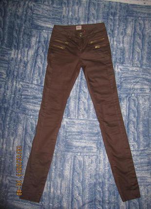 Супер классные брюки- скинни only