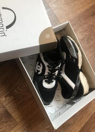 Женские кроссовки Chanel (Шанель) 2019 - купить недорого вещи в ... 52c606cb80b