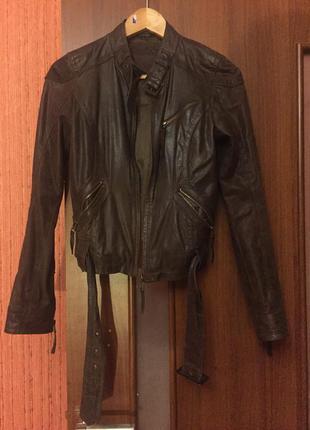 Куртка из натуральной кожи bershka