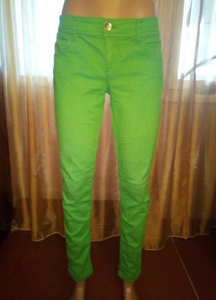 Зелёные джинсы скинни benetton, 29-30 размер