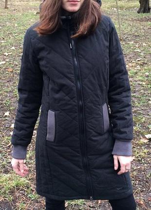 Куртка пальто темно серое на замке демисезонное длинное по колено тонкий пуховик