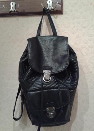 Продам черный рюкзак atmosphere!